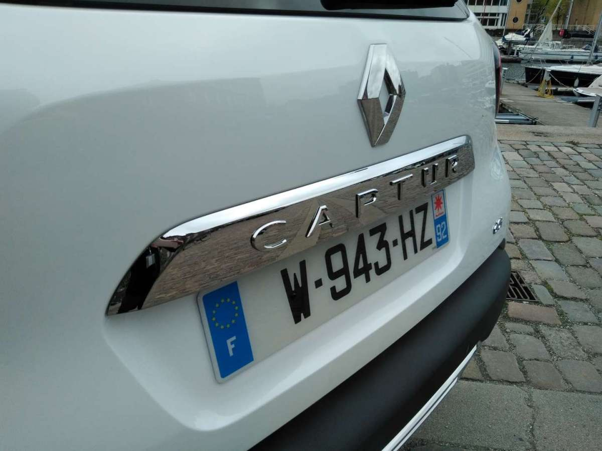 Renault Captur 2017, badge modello