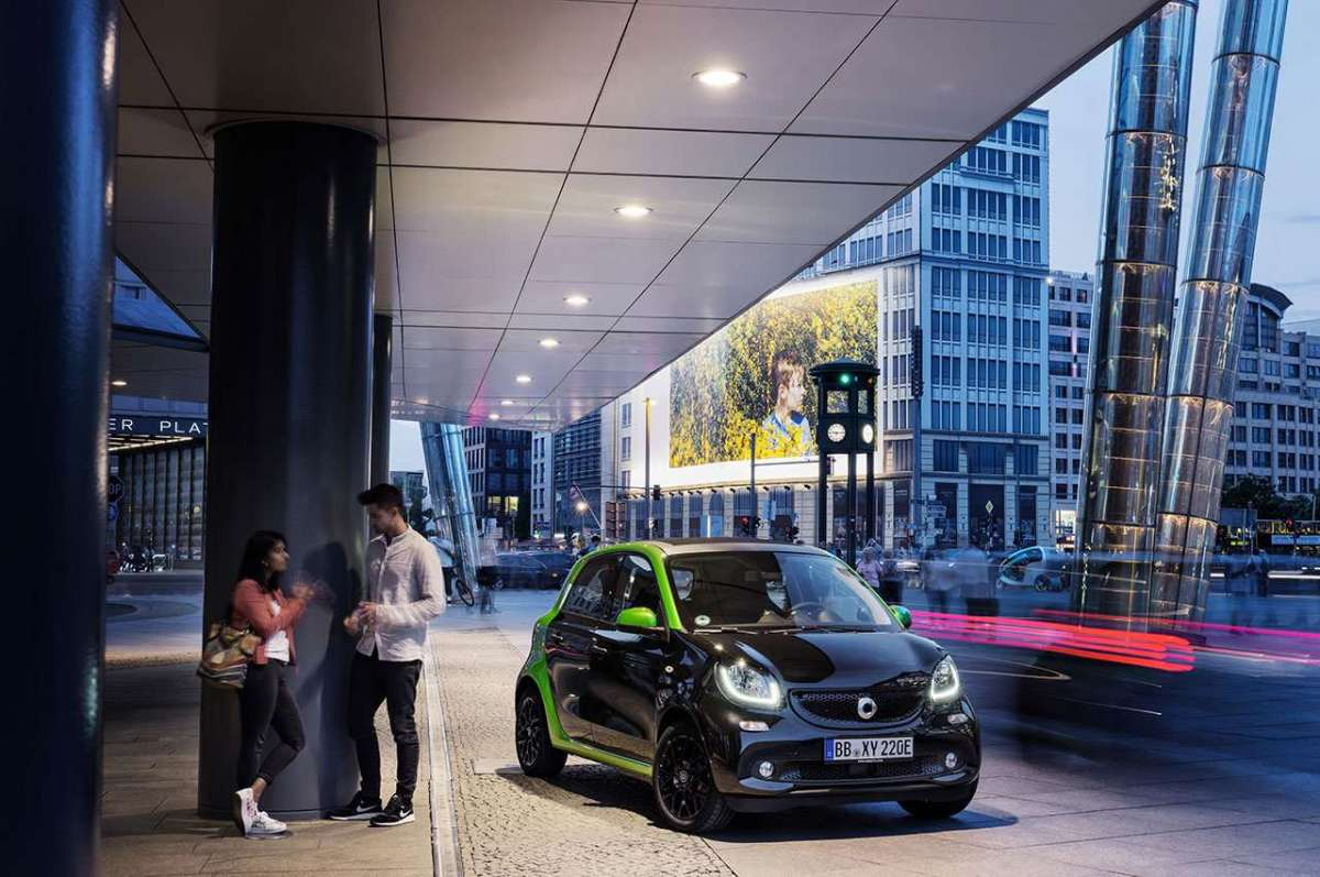 Nuova Smart ForFour Electric Drive 2017