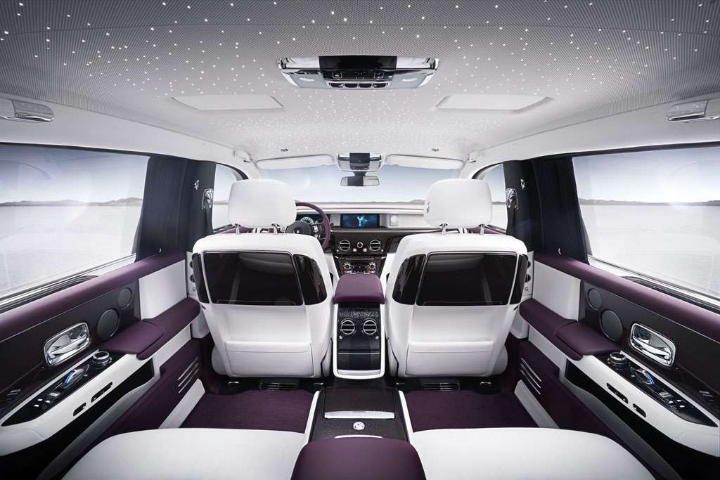 Rolls-Royce Phantom 2018 interni monitor
