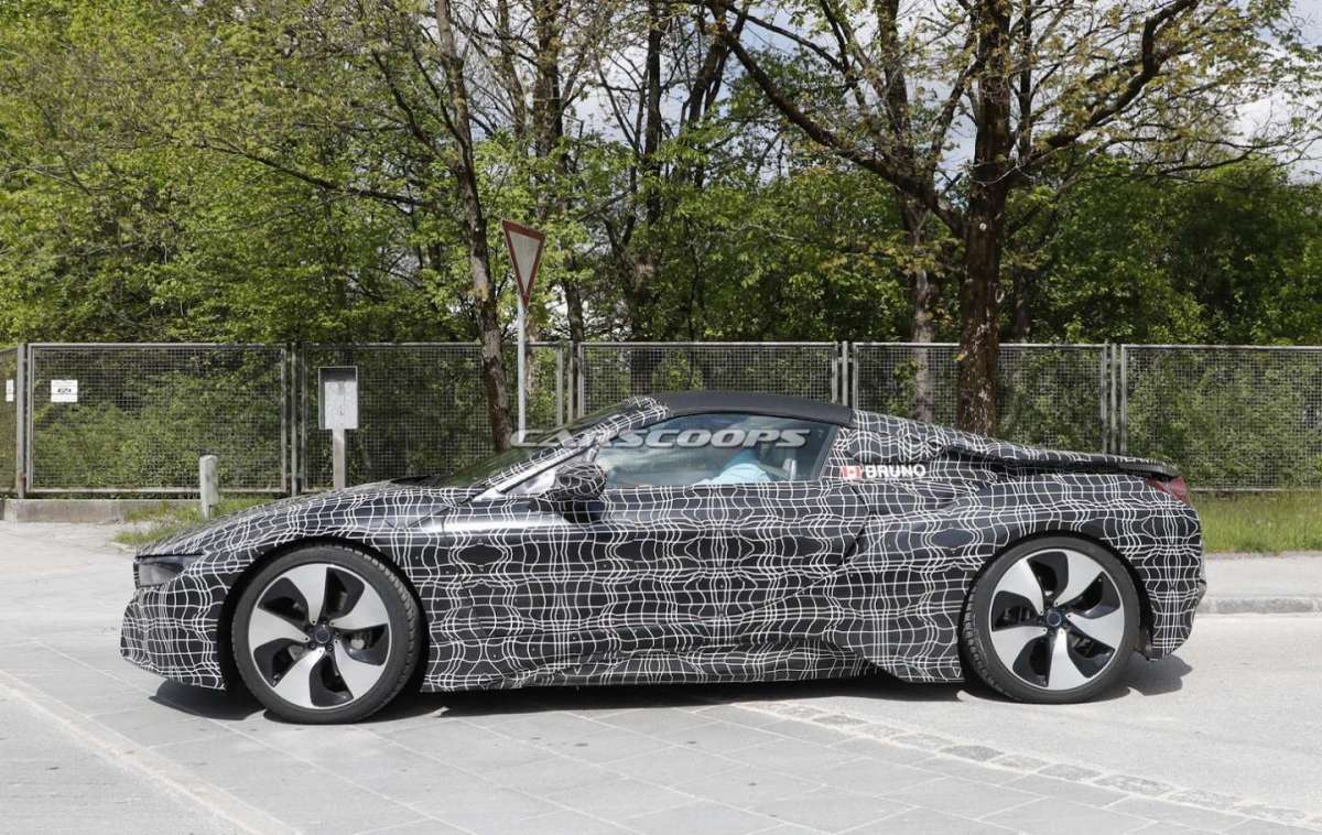 Spy BMW i8 Roadster 2018