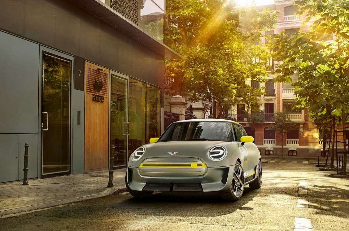 Mini Electric Concept vista frontale