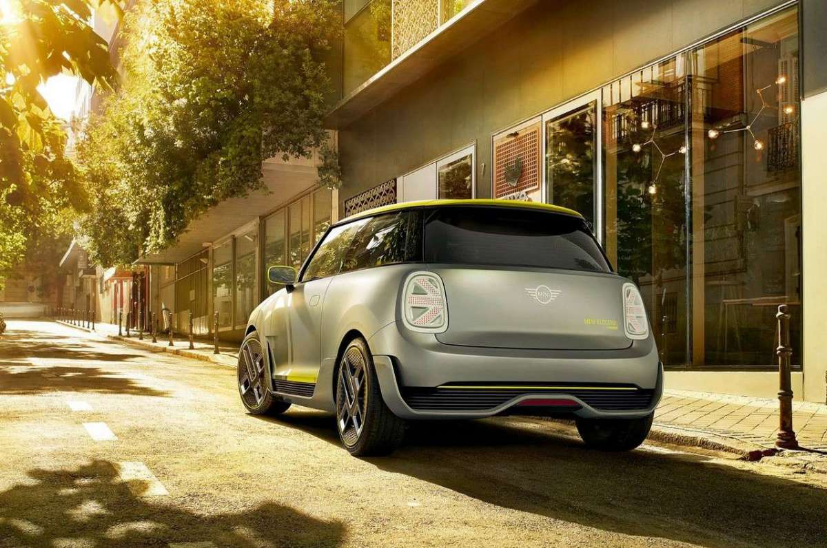 Mini Electric Concept tre quarti posteriore