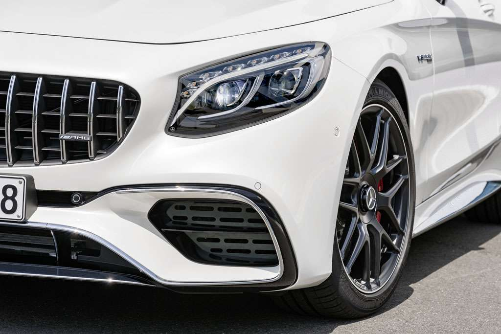 Mercedes AMG S 63 Cabriolet 2018 prese d'aria