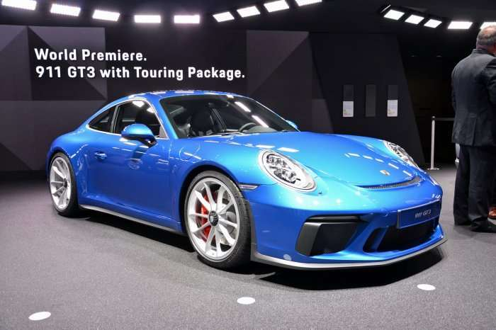 Porsche 911 Touring Package
