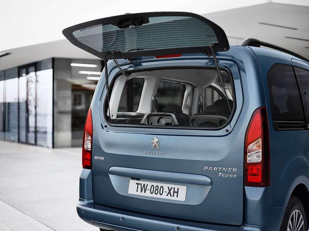 Peugeot Partner Tepee Electric lunotto apribile