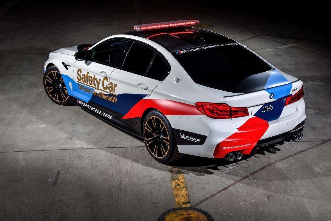 BMW M5 Safety Car MotoGP 2018, motore V8
