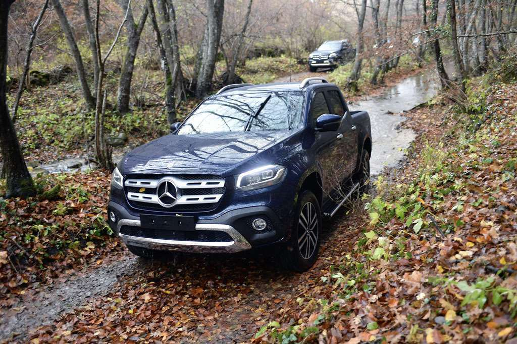 Prova su strada del pick-up Mercedes Classe X