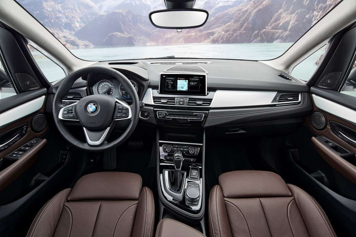 Interni di nuova BMW Serie 2 Active Tourer 2018