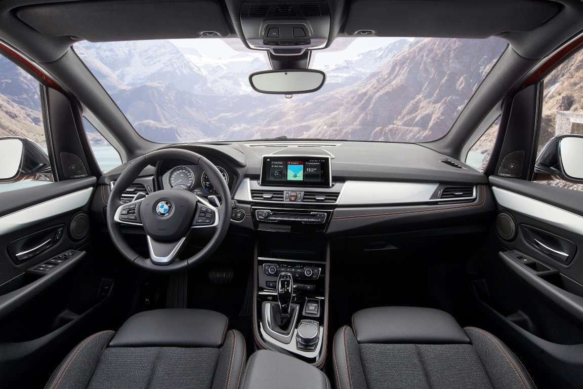Restyling di BMW Serie 2 Active Tourer, interni