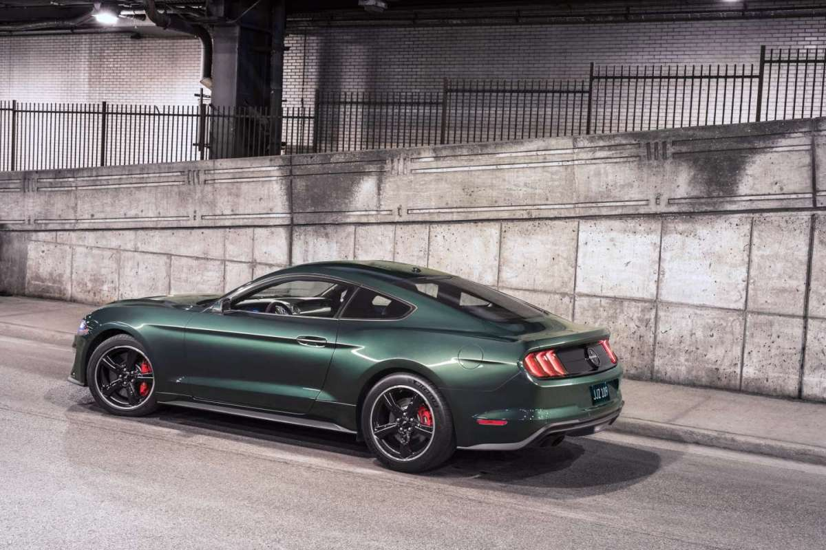 Ford Mustang Bullitt 2018 verde Dark Highland Green