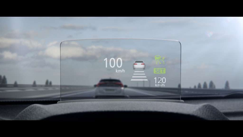 Mitsubishi Eclipse Cross prova su strada head-up display