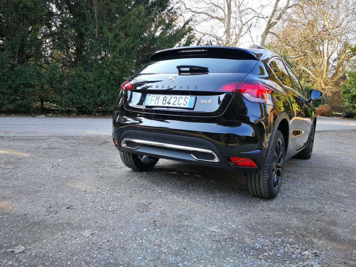 DS 4 Crossback laterale posteriore