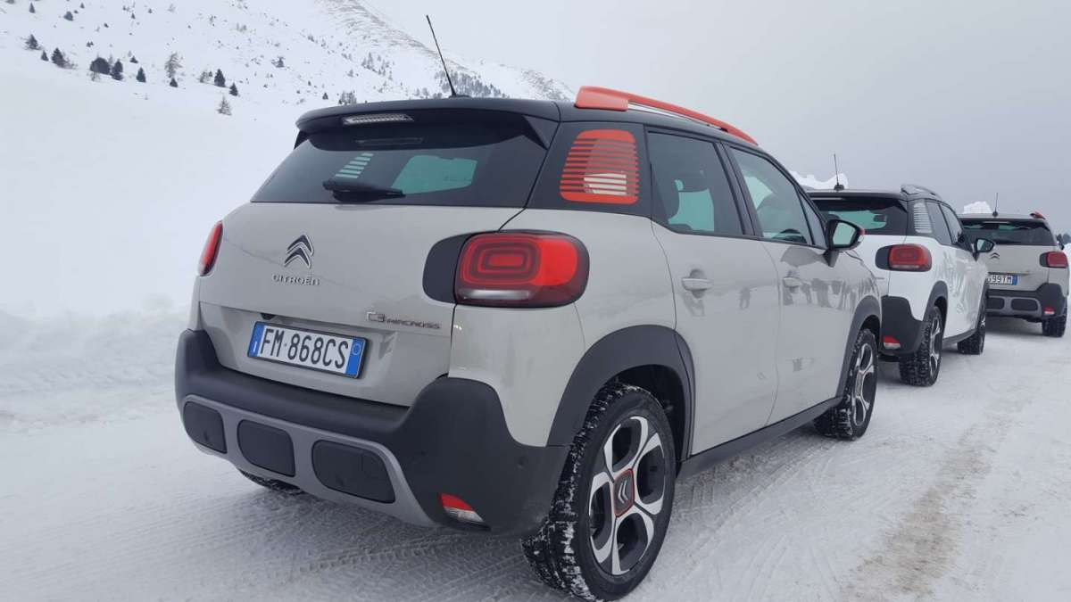 Citroen C3 Aircross-Grip-Control-laterale posteriore