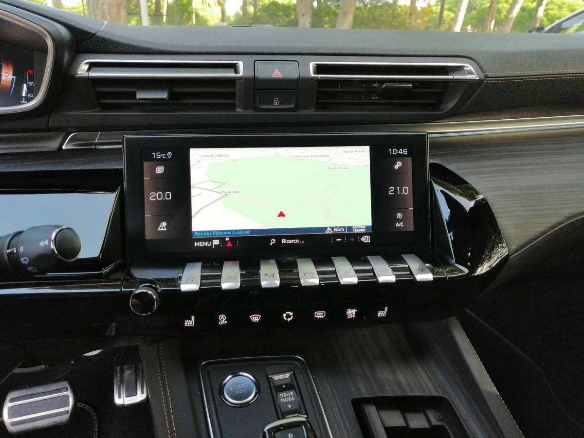 Peugeot 508 Station Wagon infotainment