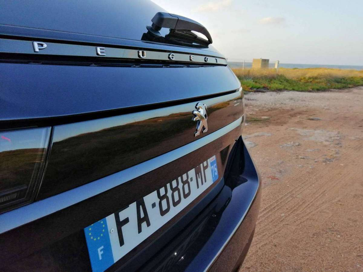 Peugeot 508 Station Wagon stop posteriore
