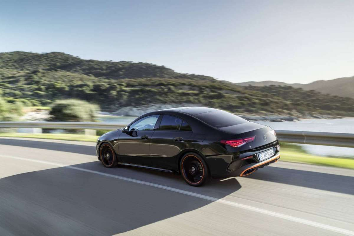 Mercedes CLA 2019 in marcia