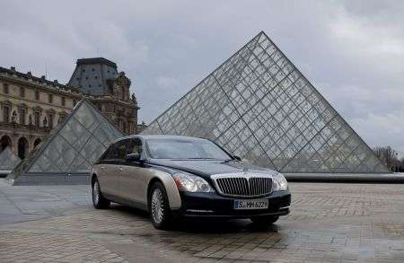 Maybach - Louvre - piramide
