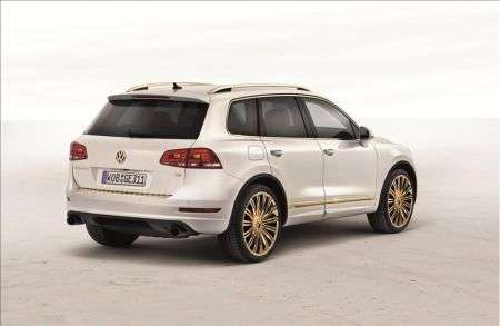 Volskwagen Touareg Gold Edition - retro