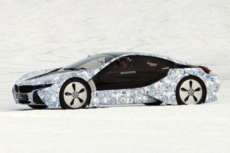 BMW i8 - laterale