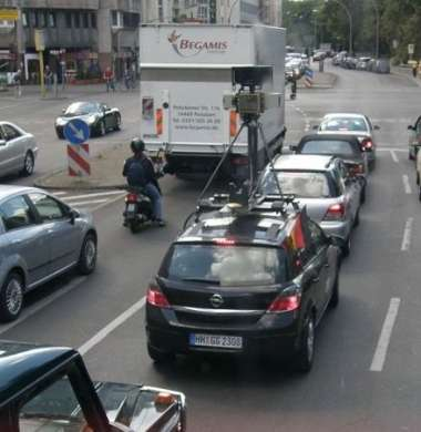Google car street view traffico