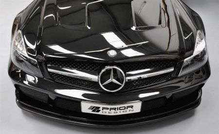 Mercedes SL Black Edition - cofano