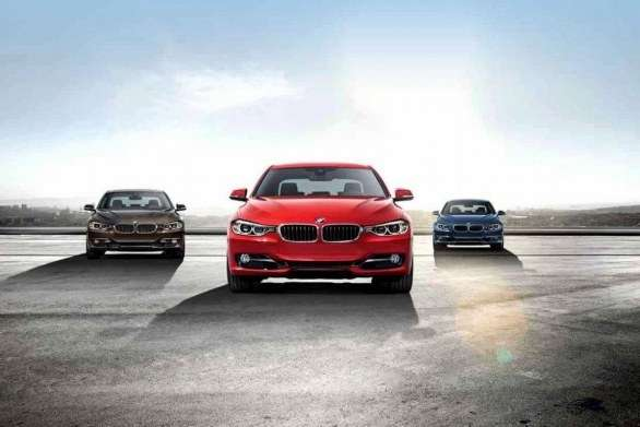 La BMW Serie 3 in varie colorazioni