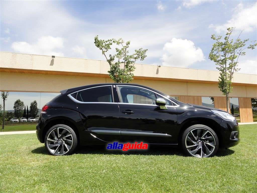 citroen ds4 fiancata