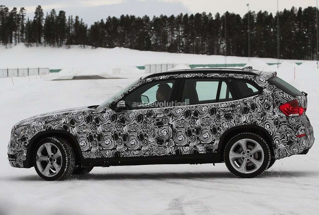 BMW X1 MY 2013, laterale