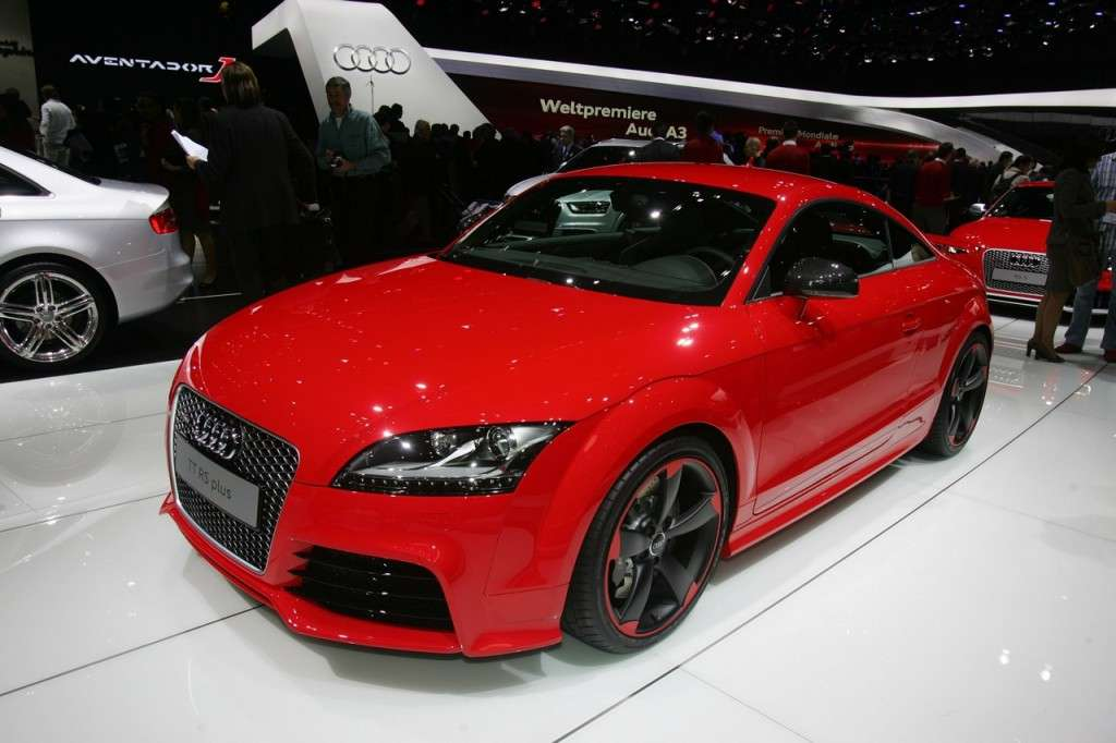 audi tt rs plus prezzo per l italia da euro foto. Black Bedroom Furniture Sets. Home Design Ideas