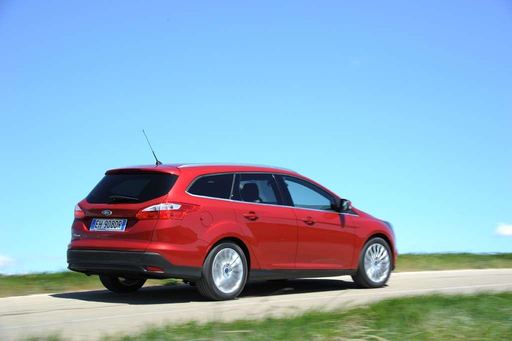 Ford Focus ECOnetic SW, laterale destra