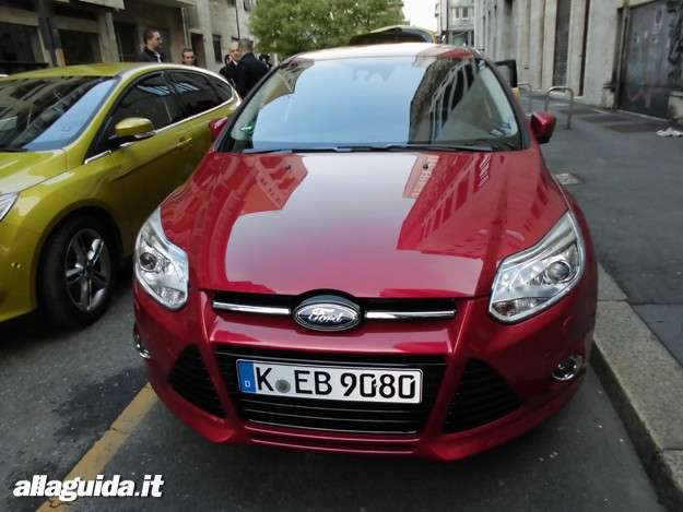 Ford Focus ECOnetic SW, vista frontale