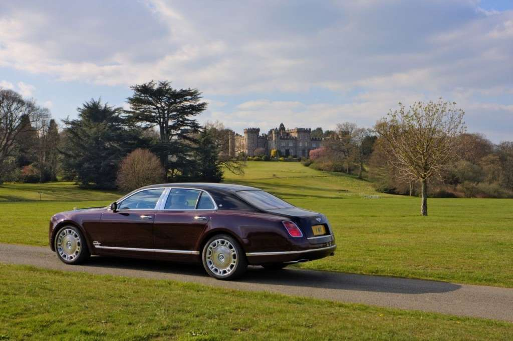 Bentley Mulsanne Diamond Jubilee Edition fiancata
