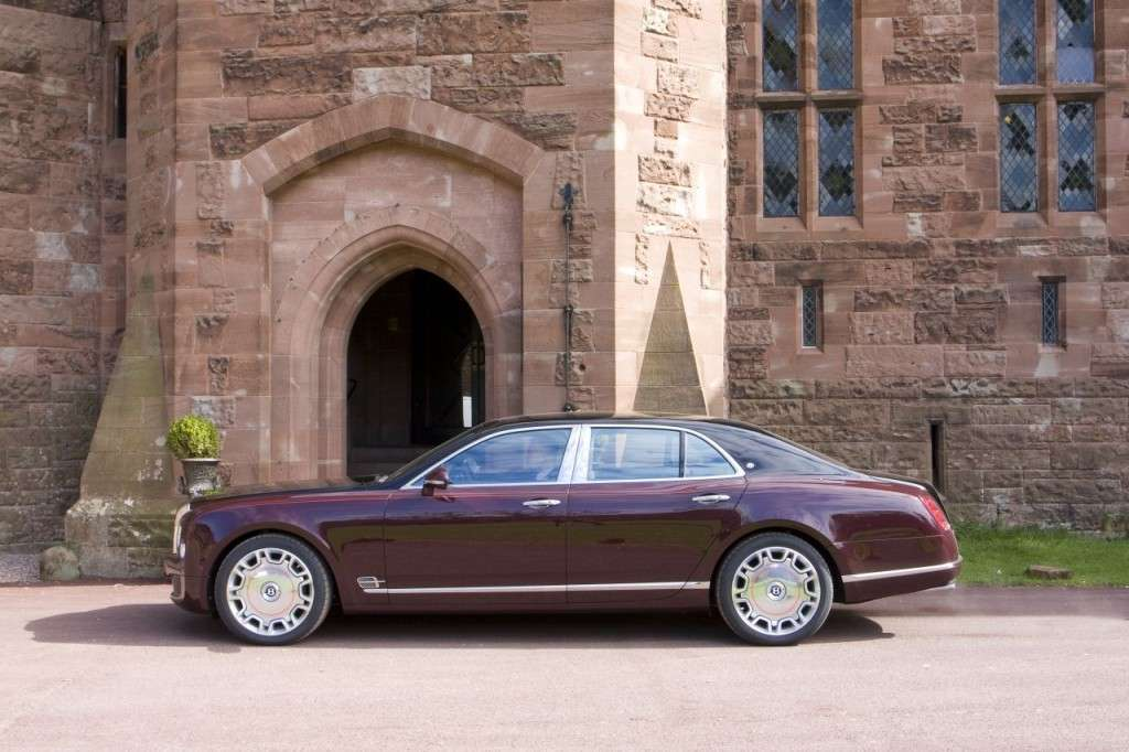 Bentley Mulsanne Diamond Jubilee Edition vista laterale