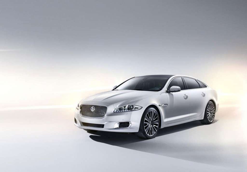 Jaguar XJ Ultimate - frontale (4)