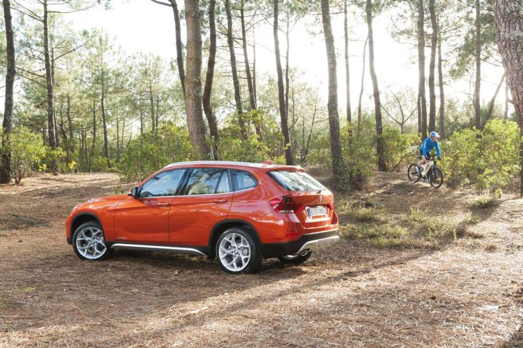 BMW X1 restyling - laterale posteriore