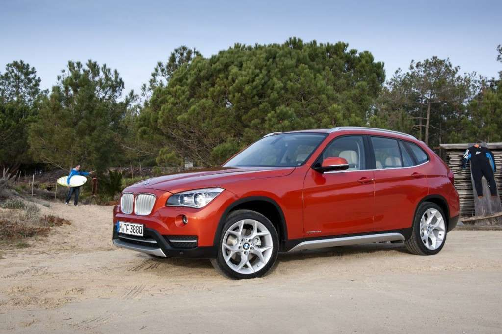 BMW X1 restyling - laterale anteriore (2)