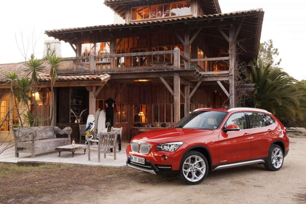 BMW X1 restyling - laterale anteriore (3)
