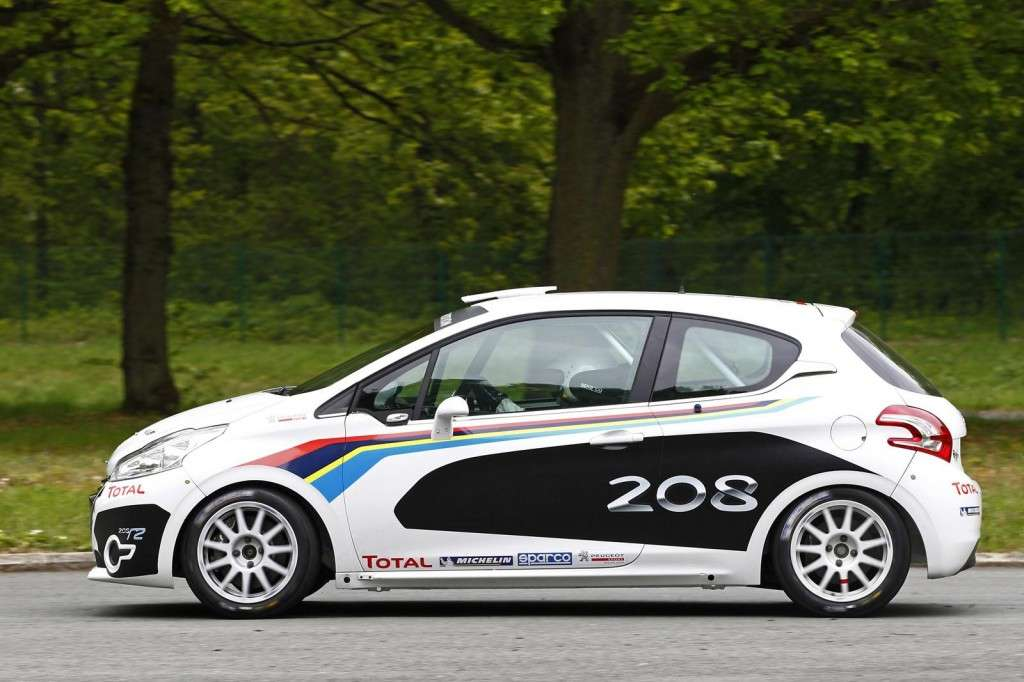 Peugeot 208 R2 laterale