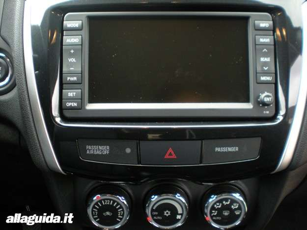 Citroen C4 Aircross, touch screen