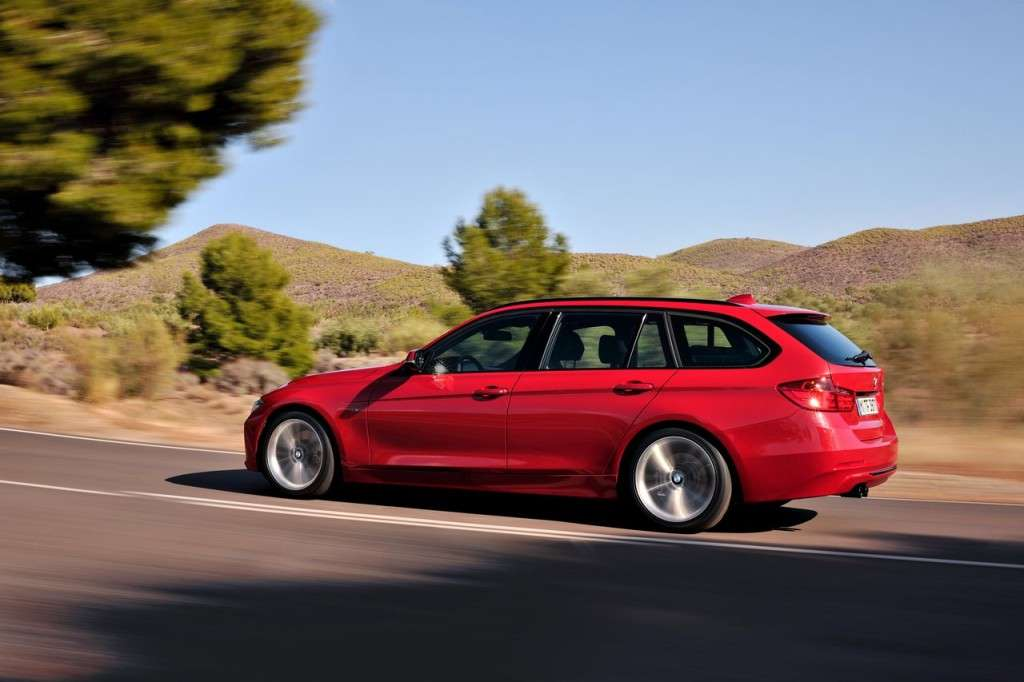 BMW Serie 3 Touring F31 - rossa laterale (2)