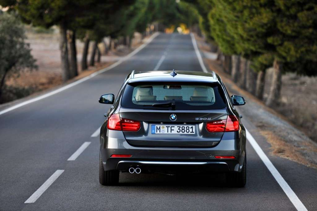 BMW Serie 3 Touring F31 - posteriore (4)