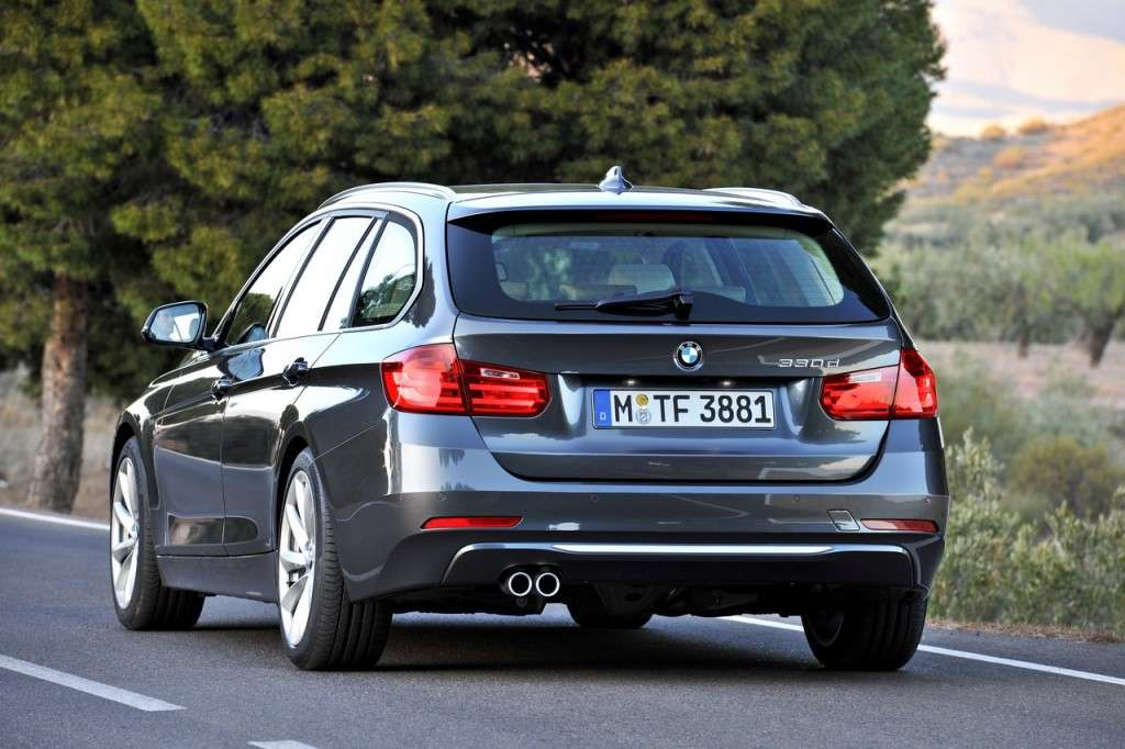 BMW Serie 3 Touring F31 - posteriore (6)