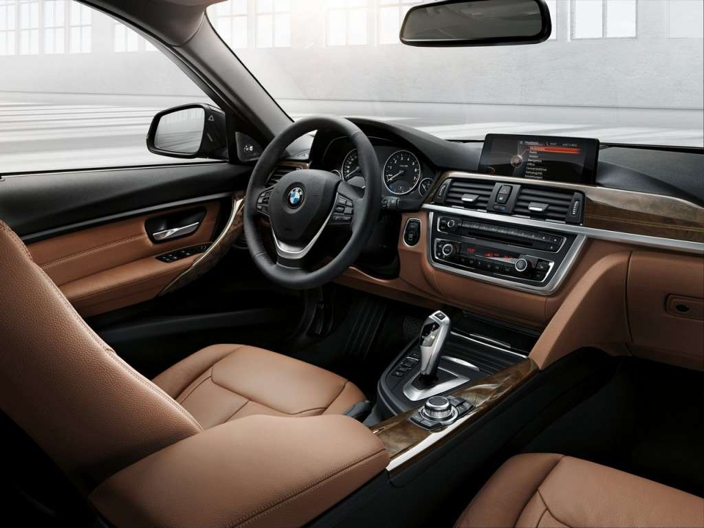 BMW Serie 3 Touring F31 - interni Luxury Line