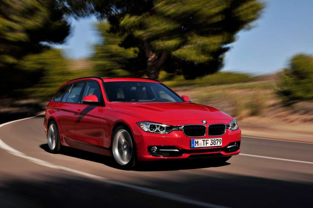 BMW Serie 3 Touring F31 - rossa frontale (2)