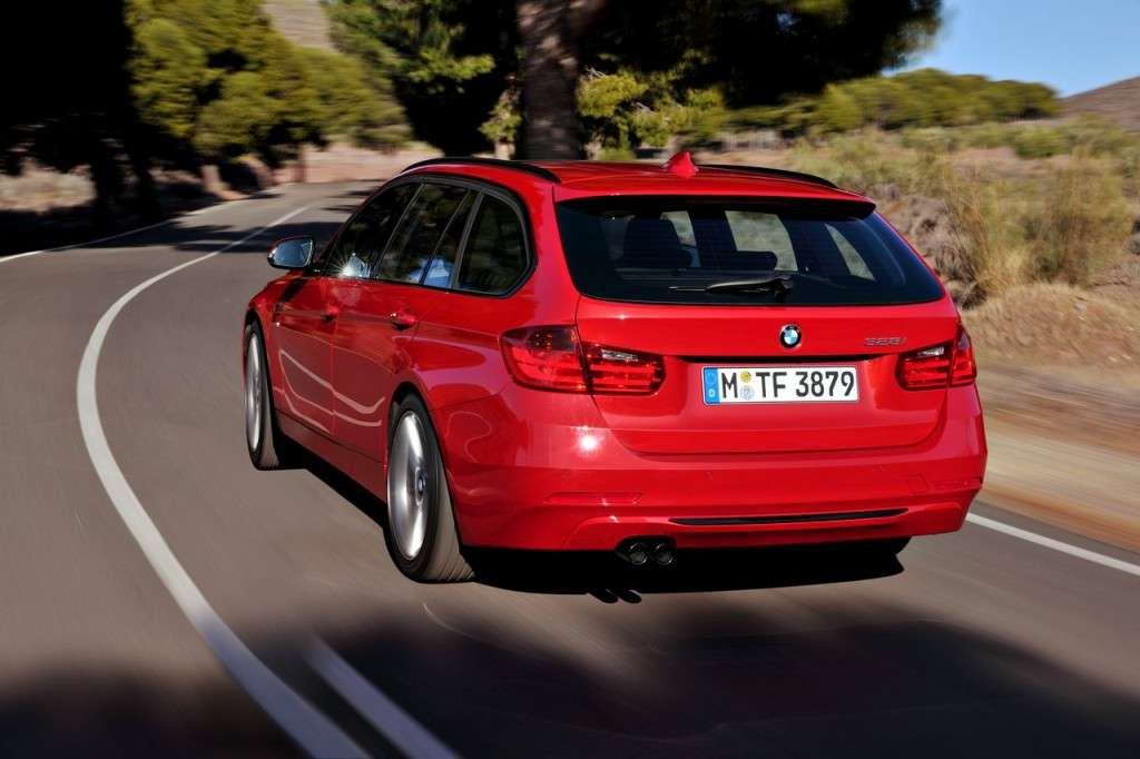 BMW Serie 3 Touring F31 - rossa posteriore (3)