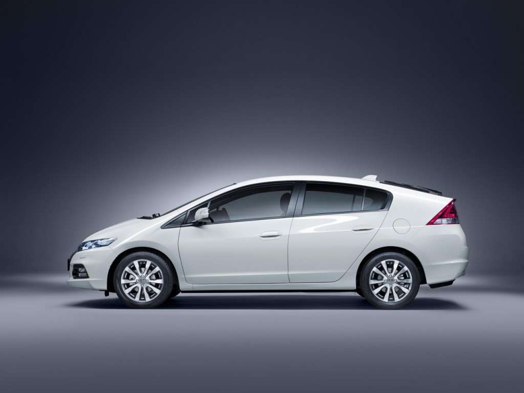 Honda Insight fiancata