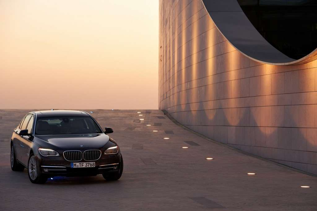 BMW Serie 7 2012 - frontale (2)