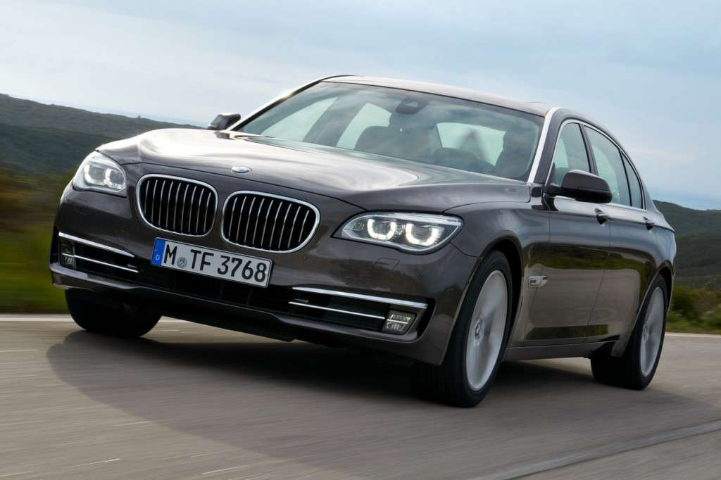 BMW Serie 7 2012 - frontale (5)