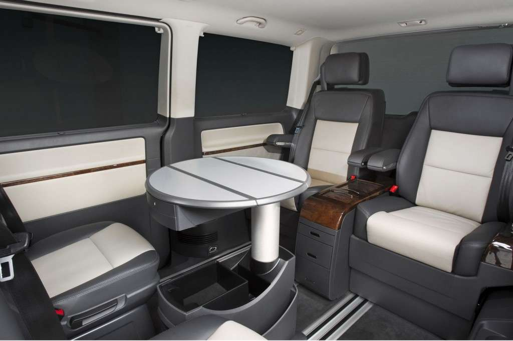 Volkswagen Caravelle Business abitacolo