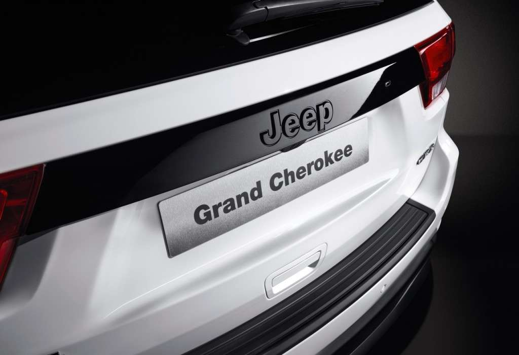 Jeep Grand Cherokee S Limited logo